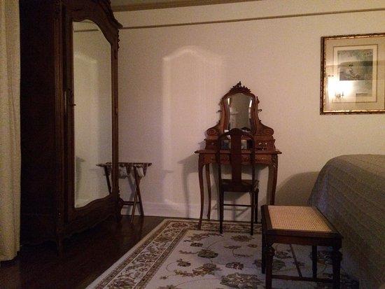 Ivy Manor Inn: photo0.jpg