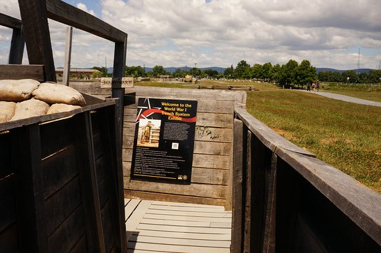 Carlisle, Pensilvanya: Entering into the reconstructed trenches!