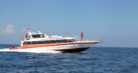 D'Camel Fast Ferry