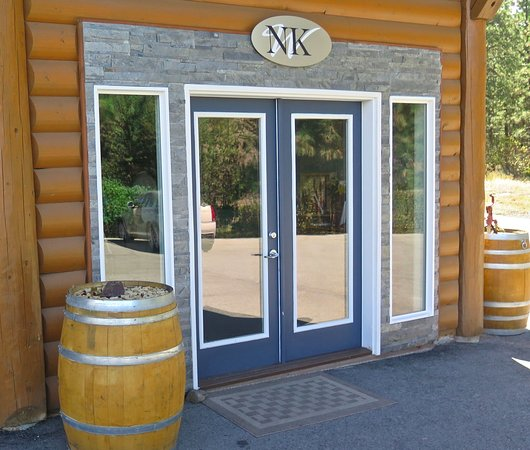 Okanagan Falls, Canada: Entry to Cellar