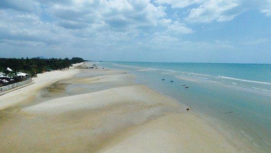 Sheraton Hua Hin Resort & Spa: View from my drone at the beach