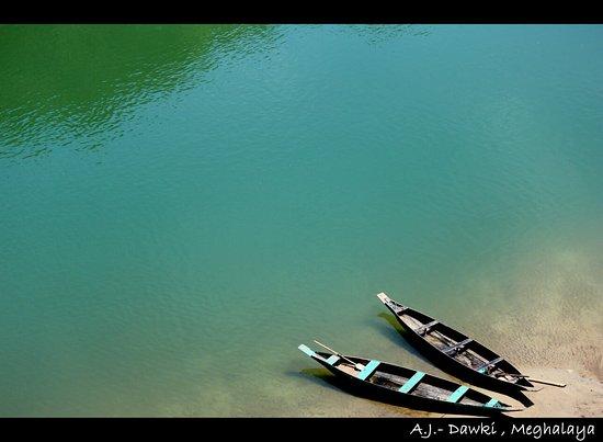 Meghalaya, India: Dawki_Boat_large.jpg