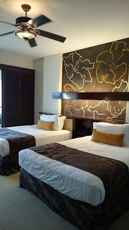 Mauna Lani Bay Hotel & Bungalows: マウナ ラニ ベイ ホテルアンドバンガローズ