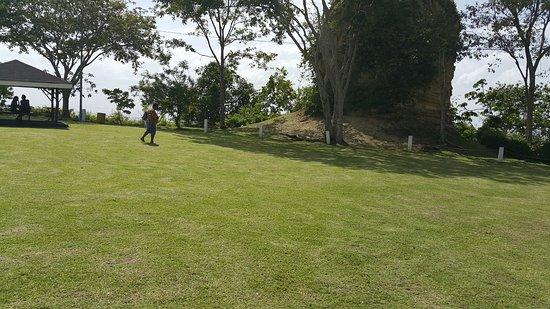 San Fernando, Trinidad: lawn