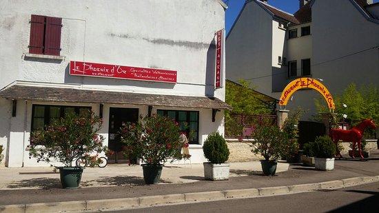 Châtillon-sur-Seine, França: Le Phoenix D'or