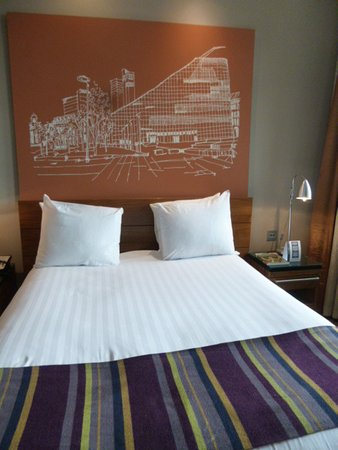 Townhouse Hotel Manchester: comfortable bed