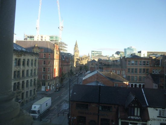Townhouse Hotel Manchester: view from room to Town Hall