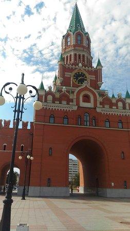 Yoshkar-Ola, Rusia: P_20160824_143754_large.jpg