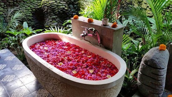 Flower bath at Karsa Spa - Picture of Karsa Spa, Ubud - TripAdvisor