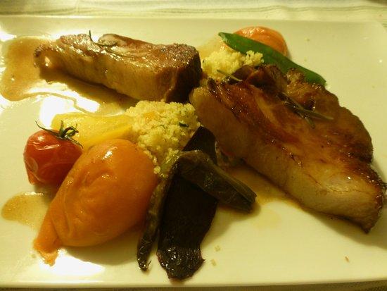 Sevignacq-Meyracq, Fransa: cochon, semoule, petits légumes