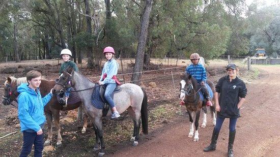 Gidgegannup, Australia: Children welcome
