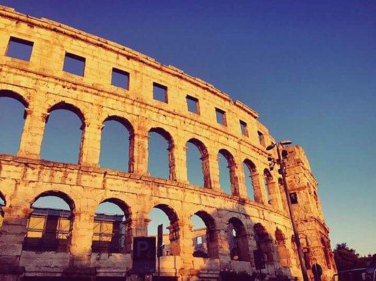 Anfiteatro de Pula: FB_IMG_1472284573138_large.jpg