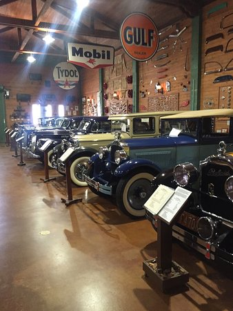 Fort Lauderdale Antique Car Museum: photo9.jpg