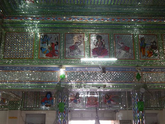 Sanwariaji Temple : Inside the temple