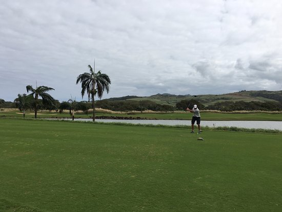 Heritage Golf Club: awesome driver but zero clue on chipping!