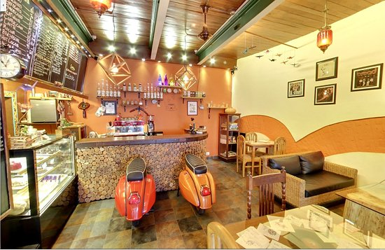 2016 - Picture of Cafe By The Way, Mussoorie - Tripadvisor