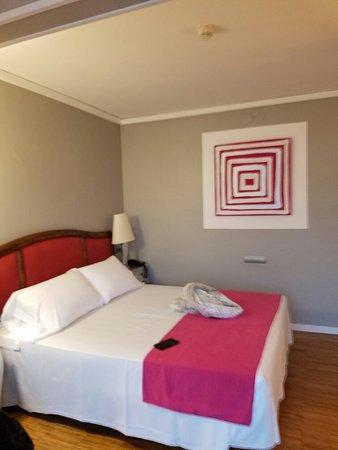 Hotel Subur: 20160805_202416_large.jpg