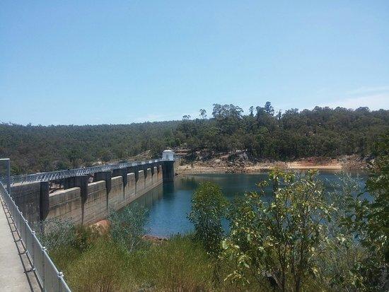 Mundaring, Australie : CAM00475_large.jpg