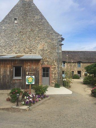 Saint-Jouan-des-Guerets, Γαλλία: Chaumiere de la Chaize