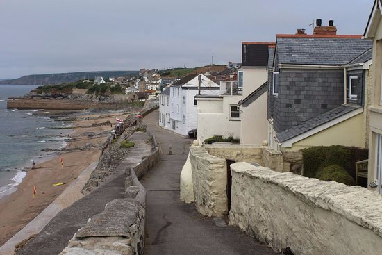 Goonhavern, UK: View of Porthleven