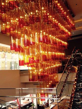 Golden Nugget Hotel: photo4.jpg