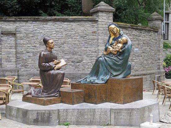 Tournai, Bélgica: Святой Лука пишет образ Девы Марии с младенцем