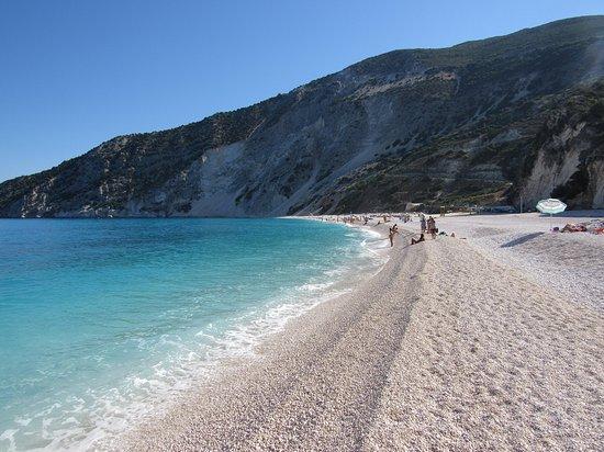 Παραλία Μύρτος: Lunga e spaziosa spiaggia di ciotolini