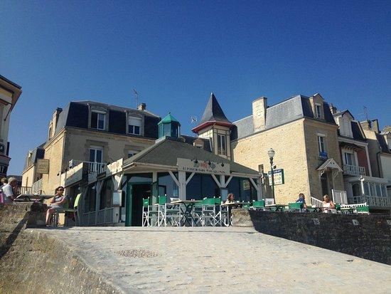 Saint-Aubin-Sur-Mer 사진