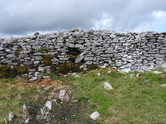 Caherconnell, Irlande : This dig dates back to 6000 AD. Not THAT'S OLD!