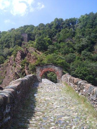 Lanzo Torinese, Italia: L'arco