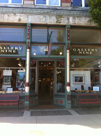 Port Townsend, Вашингтон: Compelling from the street--couldn't wait to visit