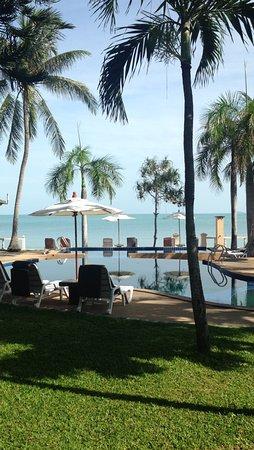 Samui Mermaid Resort : Vue du Bungalow