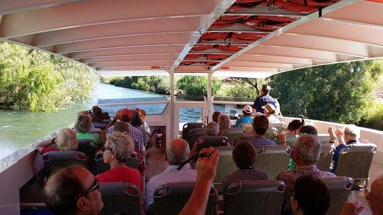 Kununurra, Australia: Tripple J Boat