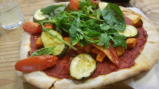 Langport, UK: Vegan pizza