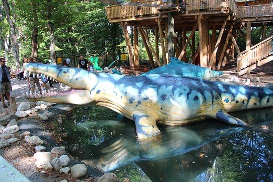 Rasnov, Romania: dino park