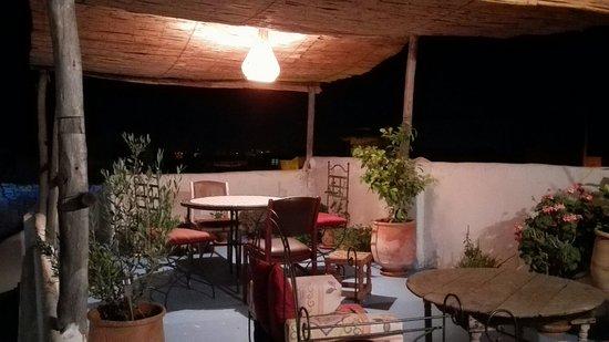 Riad Amazigh Meknes: Il terrazzo del riad