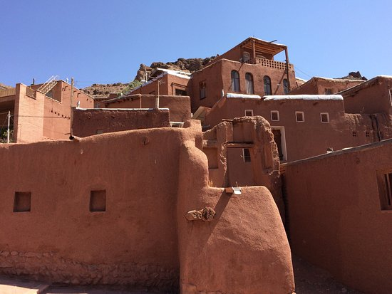 Abyaneh, Iran: Domiloon Resturant and Watermill