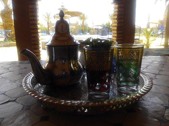Ksar Bicha: tea time