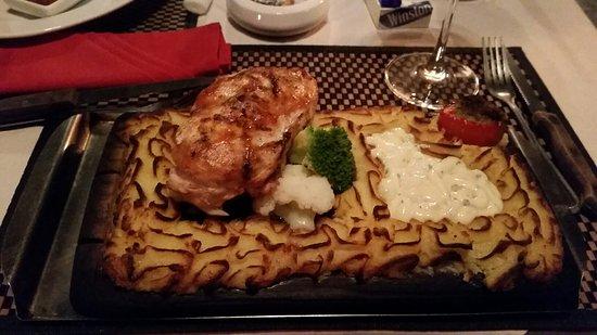 Mamma Mia Grill & Restaurant Rawai: 20160826_194125_large.jpg