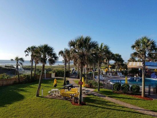 Seahorse Oceanfront Inn: 20160528_074503_large.jpg
