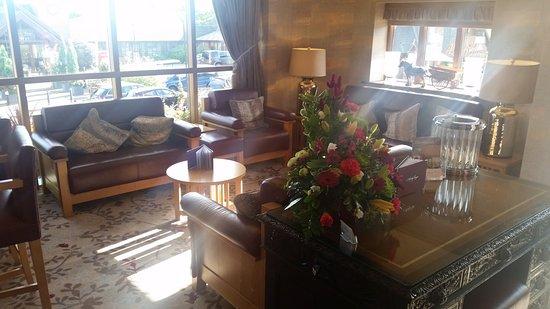 Dovecote Restaurant: Dovecote bar seating area