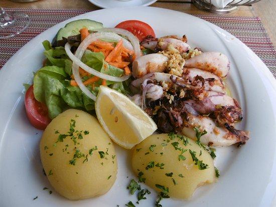 Restaurante Porto: イカのオリーブオイル炒め。