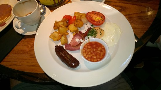 Stansted Mountfitchet, UK: Breakfast