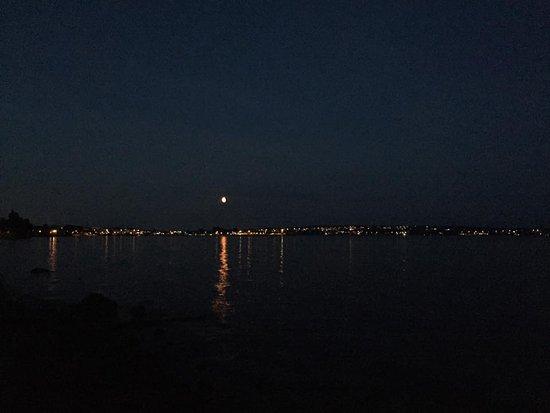 Hamar Municipality, Noruega: Hamar om natten