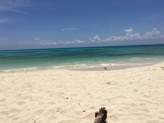 ذا رويال هاسينداز شامل جميع الخدمات: Beautiful beach, crystal waters
