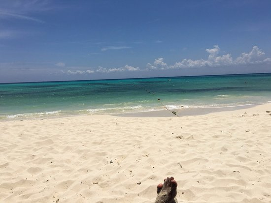 The Royal Haciendas All Suites Resort & Spa: Beautiful beach, crystal waters