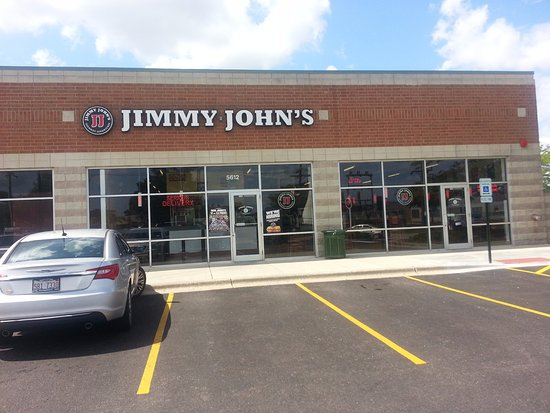 Niles, IL: Parking lot and entrance to Jimmy John's