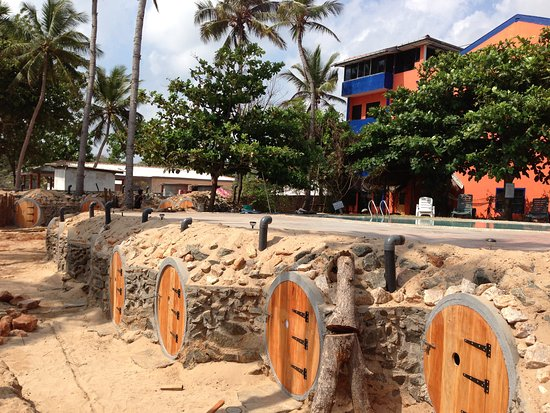 Aqua Hotel trincomalee: Back Packer's Cave