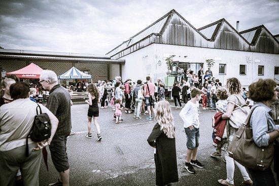 Zofingen, Switzerland: Impressionen chuchifabrik & The Art of Generations Opening.