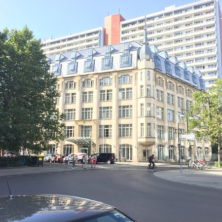 Hotel Alexander Plaza Berlin Review